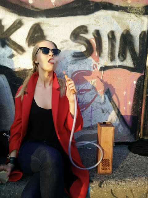 How to smoke hookah